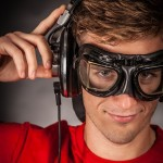 headphones-890881_640