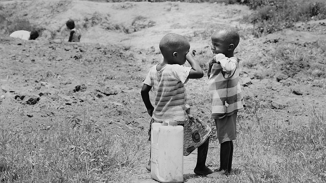 children-of-uganda-2300075_640
