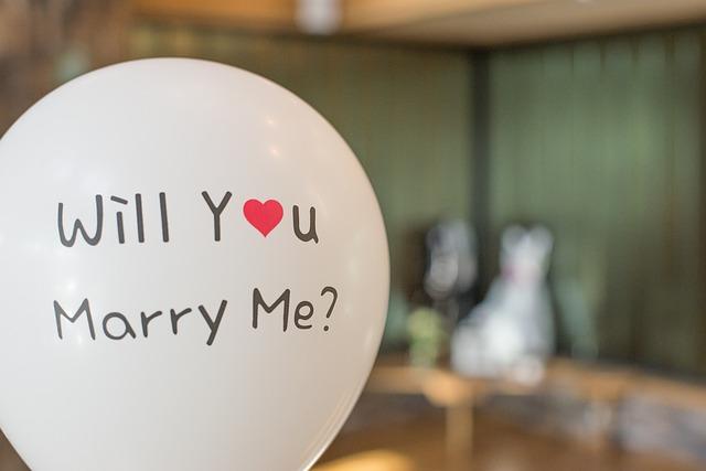 marry-2942081_640