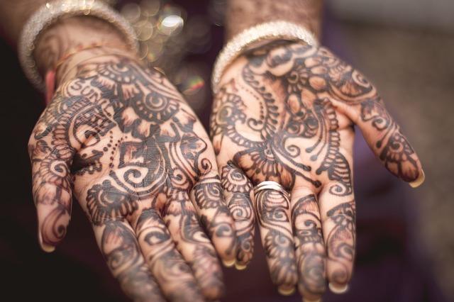 henna-691901_640