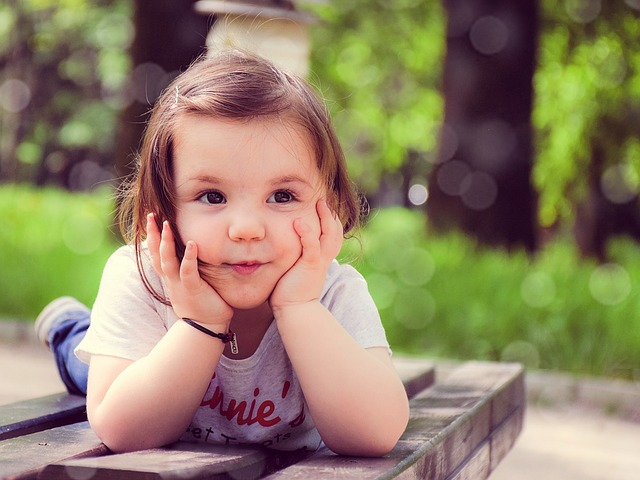child-1241825_640