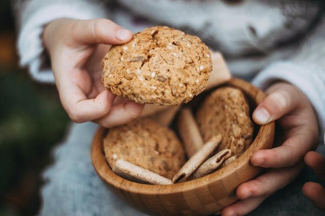 cookies-2345439_640