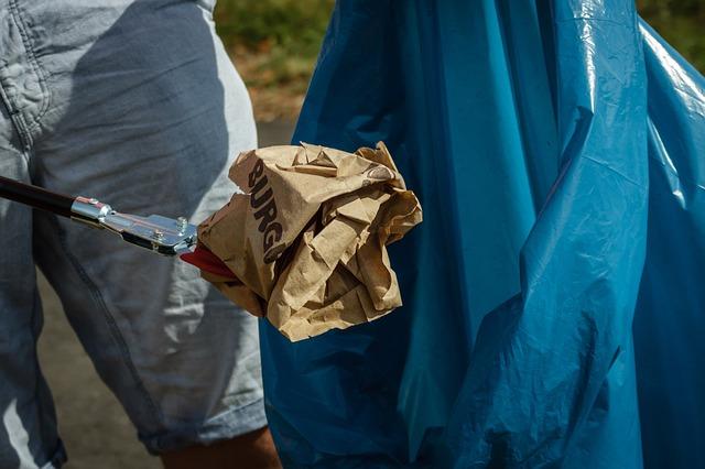 garbage-1713776_640
