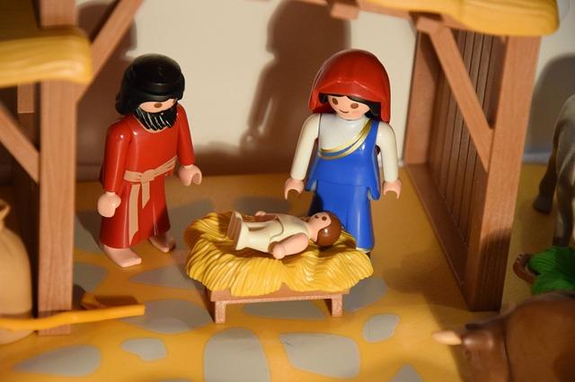 christmas-2393811_640