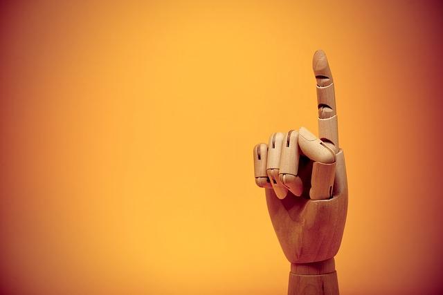 finger-3026348_640