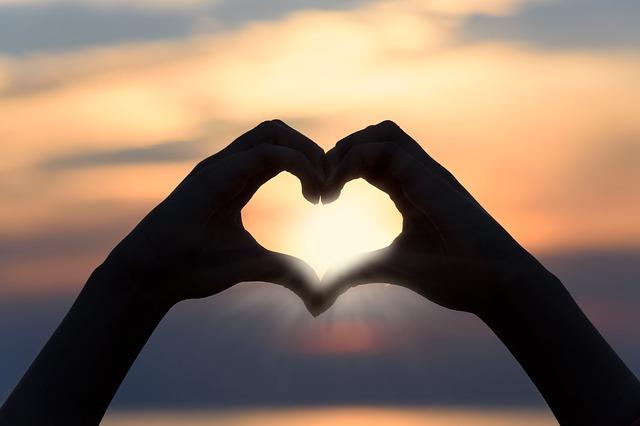 heart-3147976_640