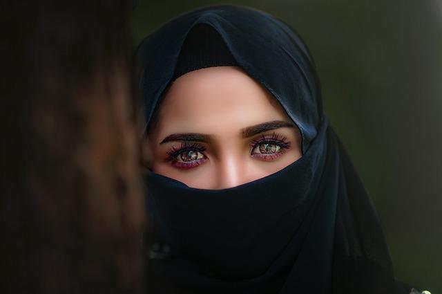 hijab-3064633_640