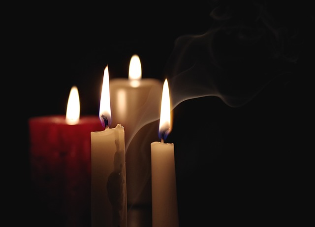candle-2909301_640