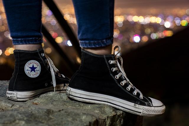 footwear-3305876_640
